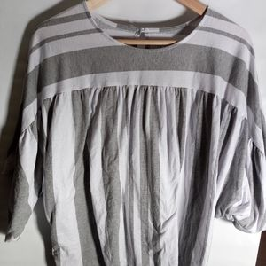 Time and Tru XLarge Gray and White Top